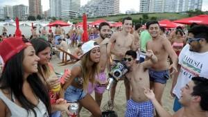 Fiesta-Playa-Chica-Mar-Plata_CLAIMA20160110_0016_28